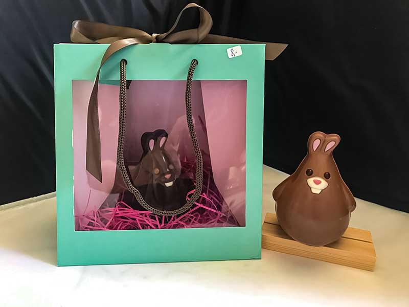 gros lapins paques chocolat